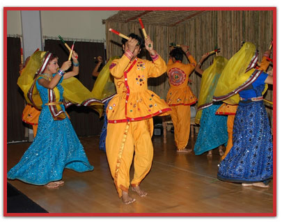 Dandiya Folk Dances of Gujarat